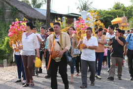 Chuyện ở xóm công nhân Khmer
