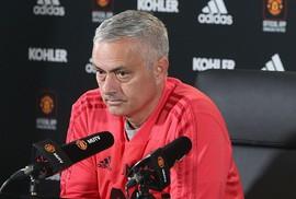 Mourinho được M.U bồi thường 15 triệu bảng, tính trở lại Real Madrid