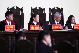 Chủ tọa phiên tòa nói gì về việc đồng ý không công bố bản án ông Phan Văn Vĩnh?