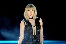 """Taylor Swift về """"nhà mới"""""""