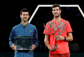 Video: Đuối sức, Djokovic để Khachanov tạo địa chấn ở Paris
