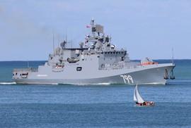 Syria: Nga triển khai tàu tên lửa mới, Israel án binh bất động vì S-300