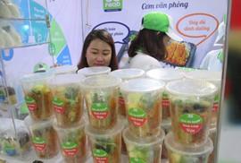 Đại gia đua bán thức ăn vặt