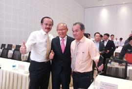 HLV Park Hang-seo hội ngộ bầu Đức