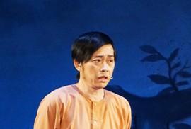"""Hoài Linh khiến khán giả khóc, cười với """"Giấc mộng đêm xuân"""""""