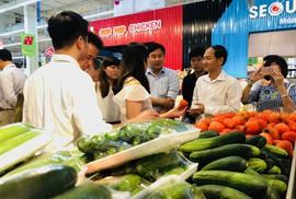 Giúp nông dân, hộ sản xuất đưa hàng vào siêu thị