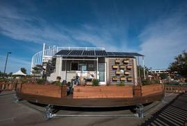 Ngôi nhà có thể tự xoay đón nắng mặt trời cực độc
