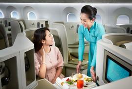 """Vietnam Airlines """"đọ"""" hạng thương gia với các hãng hàng không thế giới"""