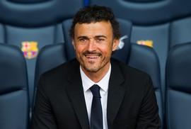 Enrique nắm tuyển Tây Ban Nha, hé lộ lý do Ronaldo sang Juventus