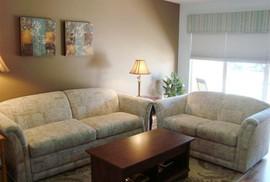Tưởng lợi hóa thiệt khi mua sofa giảm giá dịp Tết