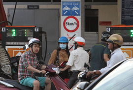 Dân chê xăng E5, doanh nghiệp đề nghị cho bán lại xăng A92