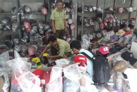 Phát hiện hàng trăm ngàn nón giả, nhập lậu từ Trung Quốc
