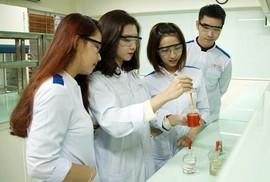 Bác sĩ Răng - Hàm - Mặt: Ngành học mới ở DTU 2018
