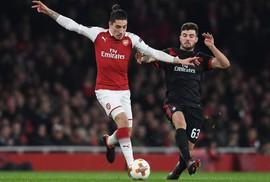 Chấn thương triền miên, sao Arsenal quyết ăn chay trường