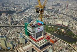 Cất nóc dự án toà tháp cao nhất Việt Nam