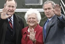 """""""Nữ hoàng"""" nhà Bush và tình yêu một đời"""