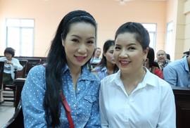 Diễn viên Ngọc Trinh tiếp tục ra tòa cùng Nhà hát Kịch TP HCM
