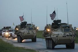 """Mỹ đưa """"5.000 xe tải chở vũ khí"""" đến Syria"""