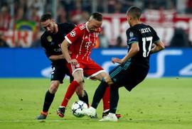 """Sao trẻ rực sáng, Real Madrid quật ngã """"hùm xám"""" Bayern"""