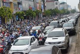 Không khí ở 2 đô thị lớn ô nhiễm nặng
