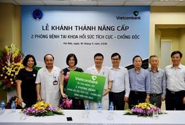Vietcombank tài trợ gần 7 tỉ đồng nâng cấp Bệnh viện Hữu Nghị