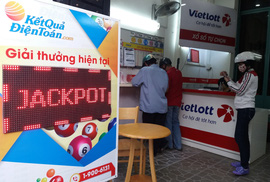 Vừa trúng Jackpot 42 tỉ đồng, một khách hàng ở Cần Thơ đã liên hệ với Vietlott