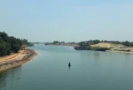 Tá hỏa khi phát hiện thi thể người đàn ông nổi trên sông Hiếu