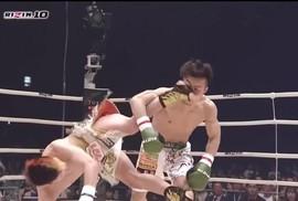 Xem thần đồng MMA Nhật Bản tung cước độc hạ đối thủ