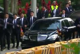 """Những lớp """"lá chắn"""" quanh ông Kim Jong-un ở Singapore"""