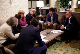 Đang ở Singapore, ông Trump công kích dữ dội thủ tướng Canada