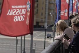 """Quan chức Nga cảnh báo phụ nữ về """"chuyện ấy"""" với người nước ngoài"""