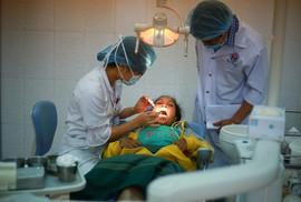 Nhiều người dân vùng khó khăn Quảng Trị được khám bệnh miễn phí