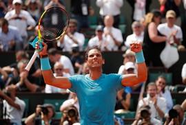Roland Garros 2018: Nadal thắng trận 900, Serena bỏ đại chiến vì chấn thương