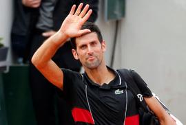Thua trận rồi chấn thương, Djokovic có nguy cơ bỏ Wimbledon