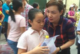 Chen chân thi vào lớp 6 Trường Nguyễn Tất Thành: 1 chọi 11