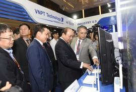 VNPT trình diễn nhiều sản phẩm giải pháp công nghệ 4.0 tại Industry Summit 2018