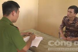 Gí súng vào đầu con nợ, bỏ trốn sang Campuchia