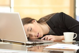 Bỗng thèm ngủ khủng khiếp, có phải bệnh?