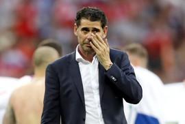 Hierro từ chức HLV trưởng tuyển Tây Ban Nha