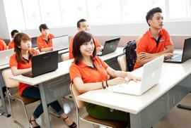 Đại học tư thục so kè công lập về tỷ lệ sinh viên có việc làm cao