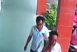 """Hình ảnh nhóm người xưng nhà báo đến """"làm việc"""" với CSGT ở Tiền Giang"""