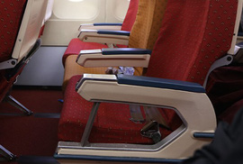 Nữ du khách nước ngoài quên gần 300 triệu đồng trên máy bay