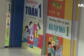 Chạy khắp thành phố để tìm mua sách giáo khoa lớp 1 cho con