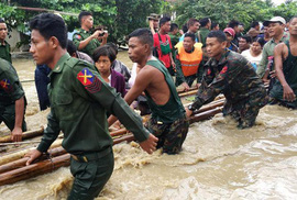 Myanmar: Vỡ đập, 100 ngôi làng ngập trong nước lũ