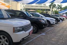 Lexus, Audi, BMW cũ giá trăm triệu đồng: Đau đớn phận xe sang ở Việt Nam