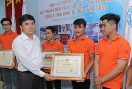 Bộ GD-ĐT vinh danh nhà vô địch Robocon ABU 2018