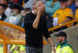 """Man City """"đại thắng"""", HLV Guardiola vẫn tức giận"""
