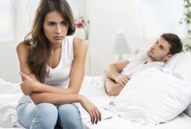 Chồng nghi ngờ vì cưới 8 tuần, bác sĩ nói mang thai 10 tuần