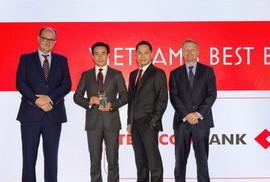 """Techcombank - """"Ngân hàng tốt nhất Việt Nam 2018"""""""