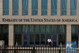"""Tìm thấy """"vũ khí bí ẩn"""" gây """"bệnh lạ"""" cho nhân viên ngoại giao Mỹ ở Cuba?"""